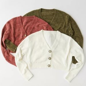 UO Maura Chenille Cropped Cardigan